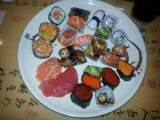 Ginza Japanese Buffet: mi primer plato