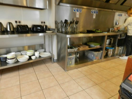 Times Hostels - College Street: Cocina