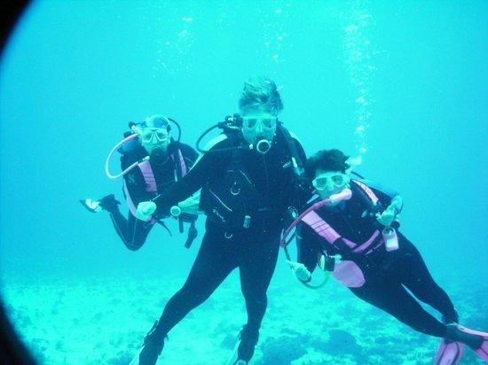 Liquid Blue Divers : Me and my buddies