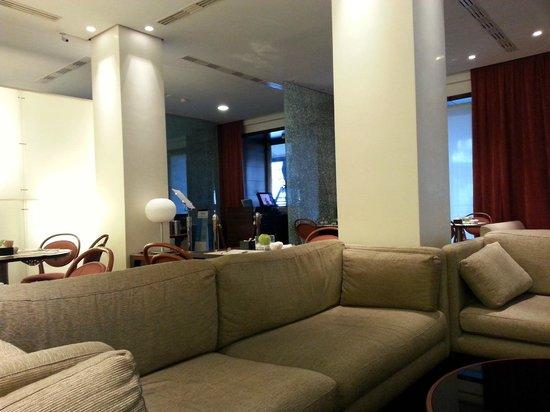 NH Brescia: Hall