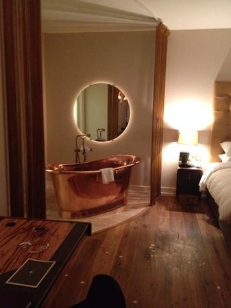 The Lodge at Ashford Castle: room
