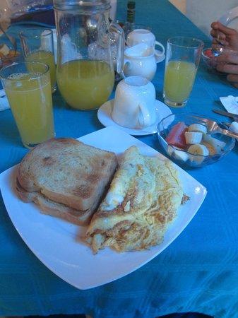 La Gran Tortuga: Breakfast