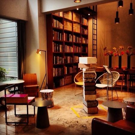 Hotel La Casa : Lobby Area