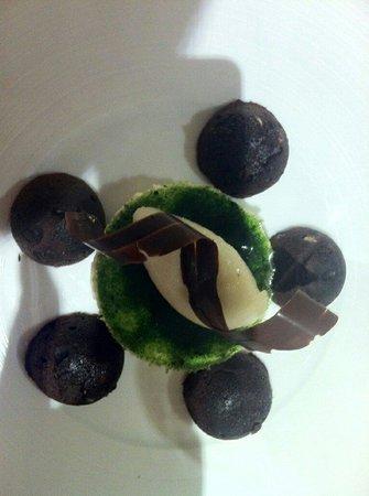 Les Jardins d'Aliénor : Blanc manger verveine, sorbet verveine et brownies