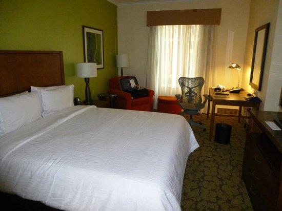 Hilton Garden Inn Panama: Habitación