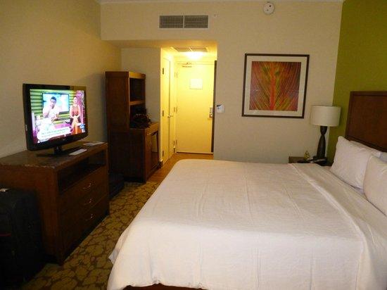 Hilton Garden Inn Panama: habitación, cómoda y limpia