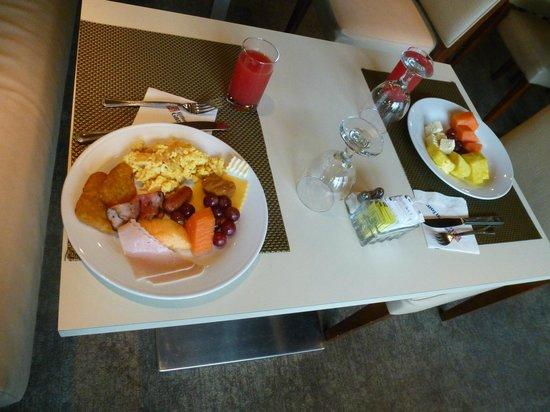 Hilton Garden Inn Panama: Desayuno de excelente calidad. Sin restricciones