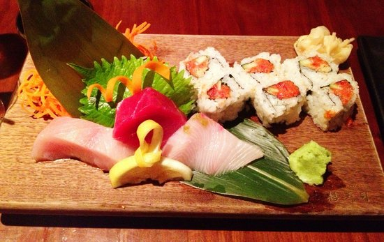 """Blue Ribbon Sushi Bar & Grill - The Cosmopolitan of Las Vegas: This was my """"starter"""" :-)"""