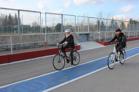 Montreal On Wheels / Ça Roule Montreal: sur le circuit F1
