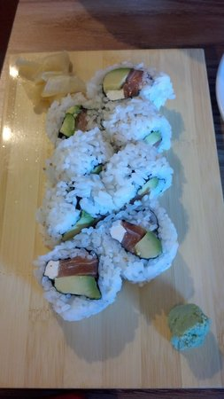 Wasabi Sushi Japanese Restaurant: Philly Roll