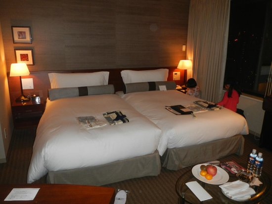 The Strings by InterContinental Tokyo: Beds were put together
