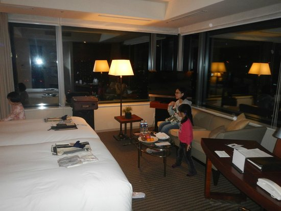 The Strings by InterContinental Tokyo: Kids were happy~