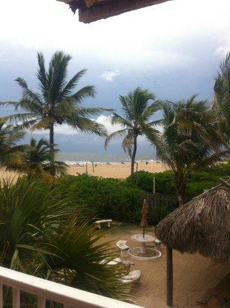 La Costa Beach Club Resort : Beach view from the catwalk