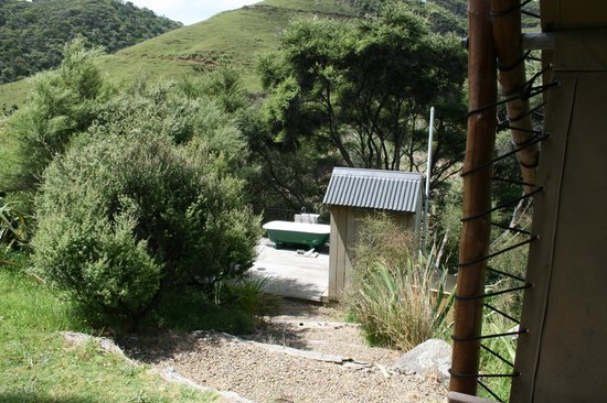 Wainamu Luxury Tents: Secluded and unique... heaps of hot water (bath).