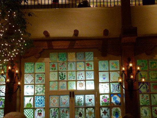 La Plazuela at La Fonda : the painted glass