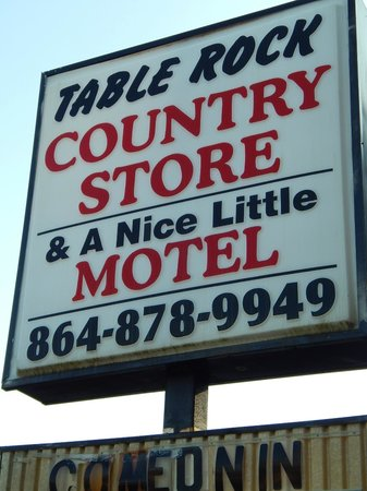 A Nice Little Motel: Motel sign