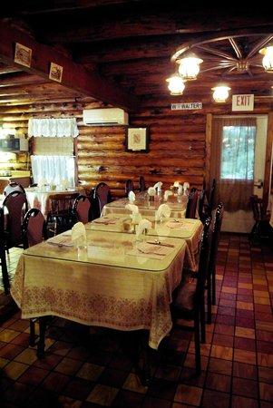 Edelweiss Restaurant It S Cozy Inside