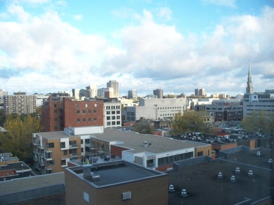 Candlewood Suites Montreal Centre-Ville : downtown Montreal