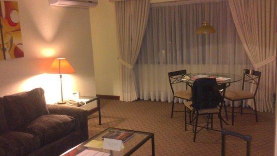 Plaza del Bosque Hotel: Sala de estar