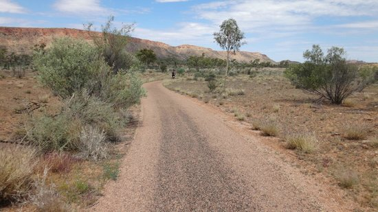 Simpsons Gap Bicycle Path: Simpsons Gap Bike Track