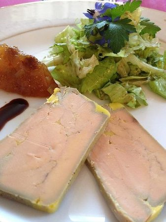 Chateau Mont-Dol : Homemade foie gras with chutney & salad greens from the garden