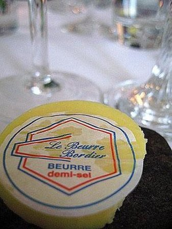 Chateau Mont-Dol : Attention to details, nothing but the best (Bordier butter served at every meal on a smooth ston