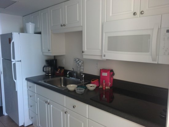 Ocean Park Resort, Oceana Resorts: kitchen
