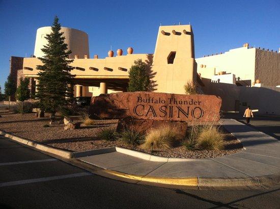 Hilton Santa Fe Buffalo Thunder : Buffalo Thunder Casino Resort