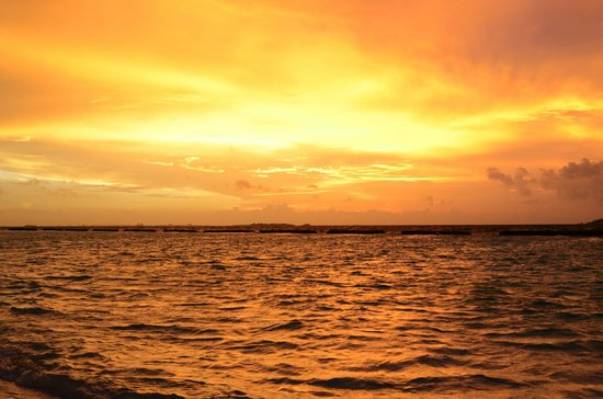 Kurumba Maldives : glorious sunset