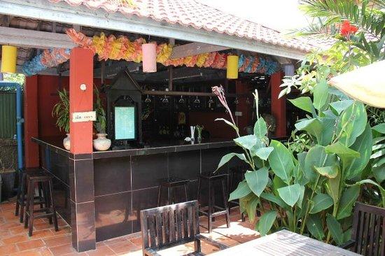 Sonalong Boutique Village & Resort : Pool bar