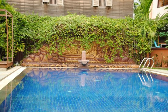 Babel Guesthouse: Babel pool