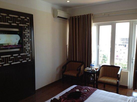 Hue Serene Palace Hotel: Room 701