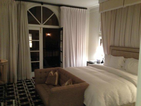 Garden Court Hotel: Hotel room