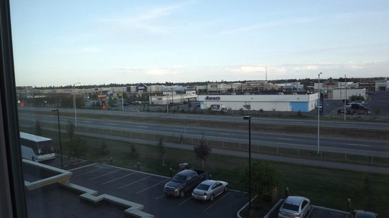 Hampton Inn & Suites Fairbanks: Expressway view from room at 9:24 PM - July 28, 2013