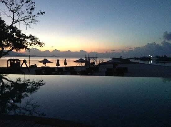 Deva Samui Resort & Spa: view from pool at sunset