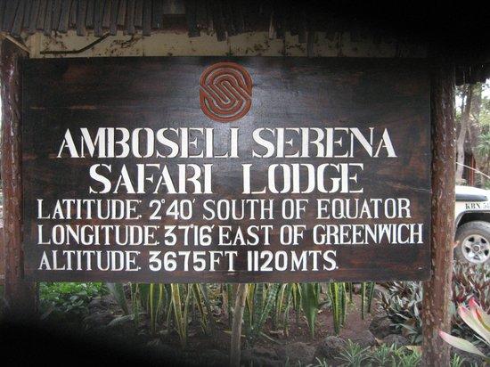 Amboseli Serena Safari Lodge: Sign so you know where you are