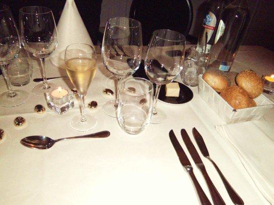 zeer mooi gedekte tafels   Foto van  u0026#39;t Klein Herenhuis, Aalst   TripAdvisor