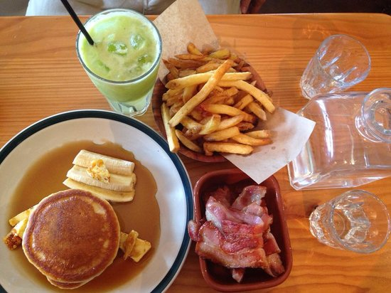 Miss Kitty's Saloon: Flapjacks, 2 sides of bacon (combined on one saucer), freshly squeezed apple juice, fries