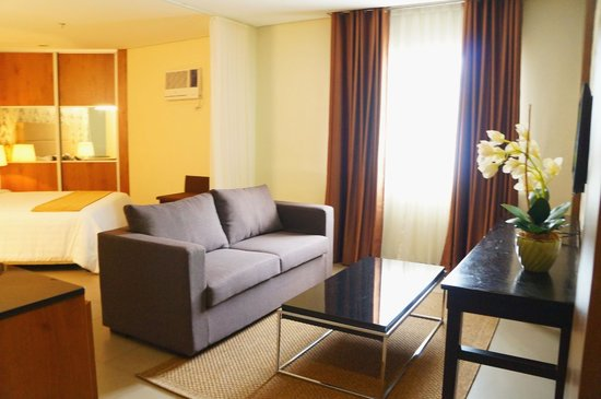 Receiving Area House Design on house storage area, house service area, house warehouse, house reading area,