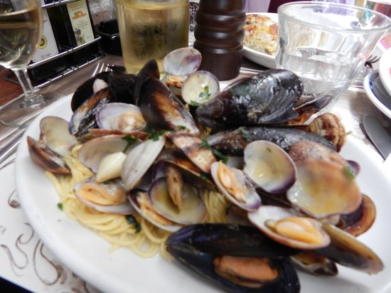 Ostaria al Diavolo e L'Aquasanta : Great place for lunch - try the mussels