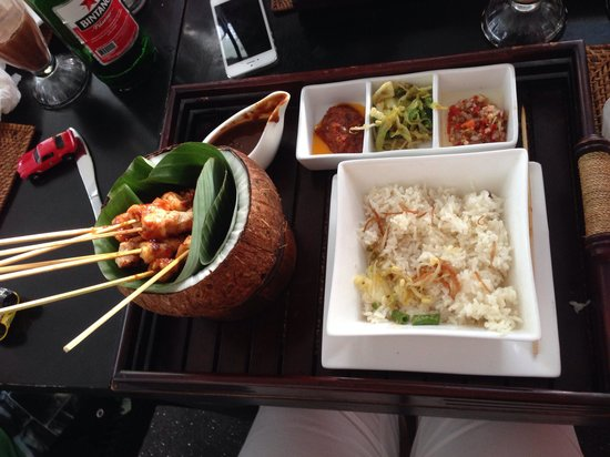 Drops resto & Lounge : Presentation and meals are amazing