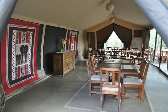 Encounter Mara Safari Camp by Asilia Africa: Dining Room