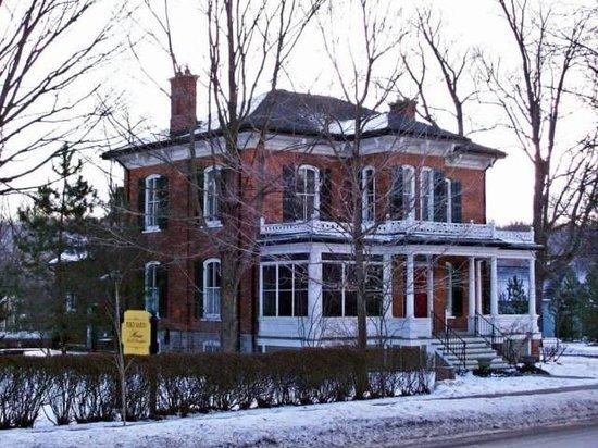Pierce Martin House
