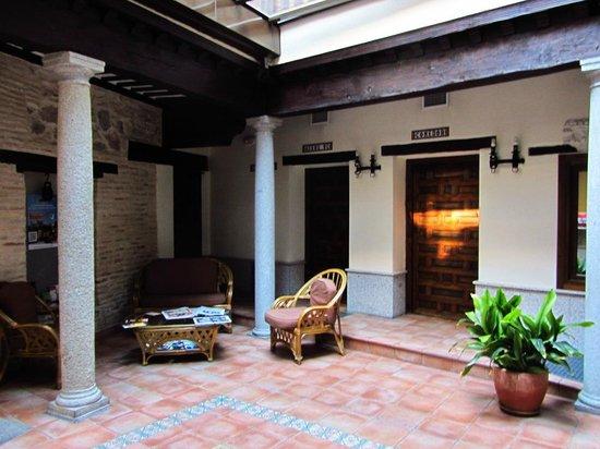 Eurico Hotel: Inner yard