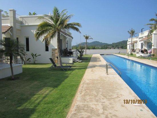 Oriental Beach Pearl Resort: lækre pools