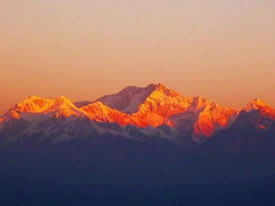 The Plaza Hotel : Kanchenjunga at sunrise