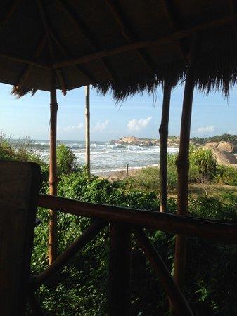 Kirinda Beach Resort : View from restaurant