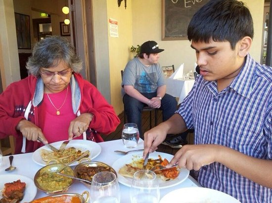 Shanker's Authentic Indian Cuisine : more food