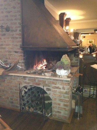 Nierswalder Landhaus: Fireplace in Dining room