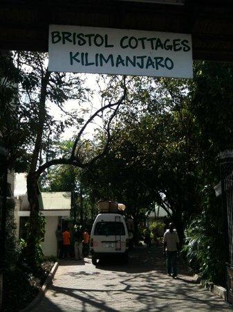 Bristol Cottages Kilimanjaro: entrance